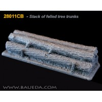 28mm Stack of felled tree trunks 1/48